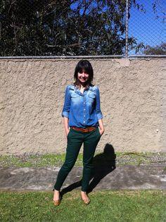 Pronto, vesti: Camisa Jeans, Calça Social e Sapatilha de Oncinha #chemise #jeans #pants #shoes #social