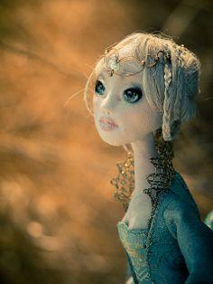 Romantic Wonders Dolls https://www.facebook.com/pages/Romantic-Wonders/211821288876263