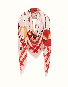 SHAWL - in printed pink silk and wool. Discover the new collections on Fendi official website. Ref: FXT0698MZF02XB