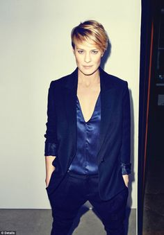 Robin Wright denied she was a cougar in a Details Magazine
