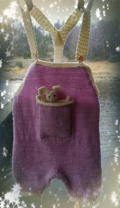 Jente seleboksa tilsalgs str 1-2år  Christmas Ornaments, Holiday Decor, Home Decor, Decoration Home, Room Decor, Christmas Jewelry, Christmas Decorations, Home Interior Design, Christmas Decor