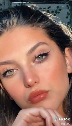 Model Makeup Tutorial, Makeup Pictorial, Maquillage On Fleek, Edgy Makeup, Peachy Makeup Look, Beauty Makeup, Soft Makeup Looks, Subtle Makeup, Summer Makeup Looks