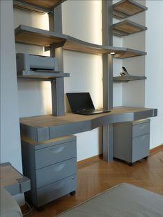 MONTAN Schreibtischregal konzepiert und gebaut für eine Stadtwohnung in Köln. MONTAN exklusive Möbel aus Eisen und Stahl mit dem Charme des Ruhrgebietes