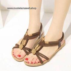 Flachen Damen Sandalen in Gladiator Style Braun