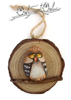Unique Illustrated Owl on a Wooden Trunk Section от owlsweetowl