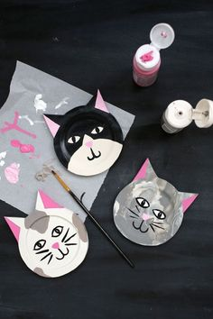 Purr-fect! Kitty coaster DIY (click through for tutorial)