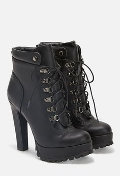 Strut like you mean it with Linanyi! Traverse any scene in style while wearing this platform lace-up bootie. Metal eyelets add an even edgier vibe to this shoe made for the coolest girls on the block.  ...