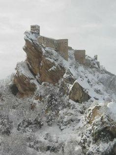#Abruzzo . Roccascalegna's castle, province of Chieti , Abruzzo