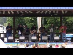 Larry Cordle – You Cant Do Wrong And Get By – Rudy Fest 2013