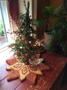 The Christmas Star Tree Skirt Rug Hooking Pattern
