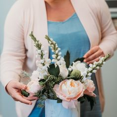 Felt Flower Bouquet, Peony Bouquet Wedding, Peonies Bouquet, Felt Flowers, Floral Wedding, Wedding Flowers, Bridal Bouquets, Flower Bouquets, Wedding Dresses