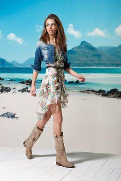Combineer een leuke zomerjurk eens met een spijkerjasje! Zie hoe Rinascimento dit doet Dance Outfits, Dress Outfits, Casual Dresses, Casual Outfits, Summer Outfits, Cute Outfits, Fashion Now, Women's Summer Fashion, Fashion Outfits