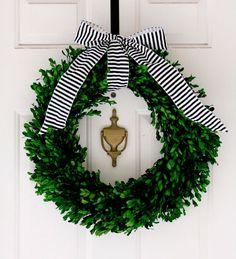 Julekrans | Kransen til døren med ting fra haven | idényt