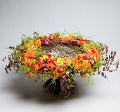Modern Floral Arrangements, Floral Centerpieces, Flower Arrangements, Flower Names, Flower Art, Floral Bouquets, Floral Wreath, Arte Floral, Flower Delivery
