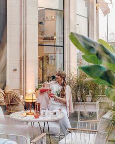 Karina KUCKOO 🕊 (@karina_kuckoo) • Instagram photos and videos Delicious Restaurant, Dubai Fashion, Beautiful Places, Photo And Video, Instagram, Guys, Videos, Photos, Pictures