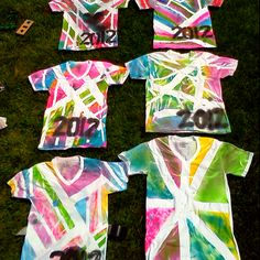 Spray paint and ductape 2012 shirts Gonna do this with th British flag Paint Shirts, Tie Dye Shirts, Field Day, Travel Shirts, Girls Camp, How To Dye Fabric, Fabric Painting, Cute Baby Animals, Halloween Crafts