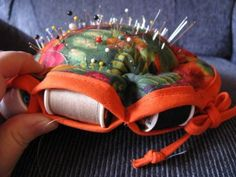 By Your Hands: Tutorial --- Easy Pincushion and Spool Holder