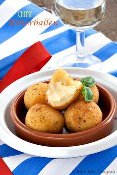 Cheese Bitterballen - delicious deep fried #Dutch #croquettes filled with #cheese, crunchy on the outside and soft and gooey on the inside!