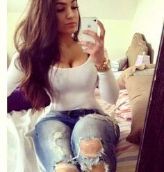 White long sleeve shirt & ripped jeans ❤