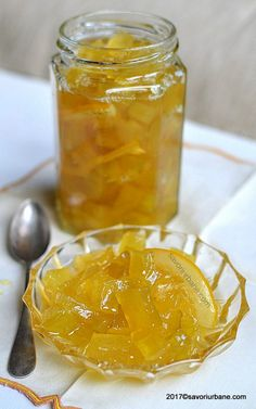 dovlecei la borcan confiati in sirop Sweets Recipes, Baby Food Recipes, My Recipes, Desserts, A Food, Good Food, Food And Drink, Yummy Food, Romanian Food