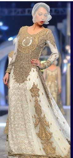 Pakistani couture HSY