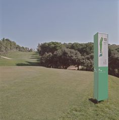 #Golf | #Señalización  #Totem #signaling #senyalització | Essa Punt