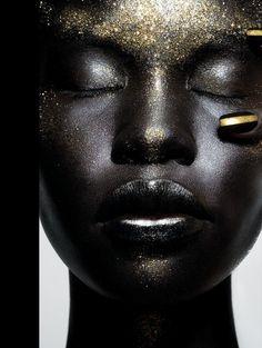 Body Paint Gold Dust