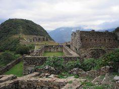 """White llama terraces dazzle in Peru's """"other Machu Picchu"""""""