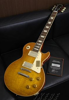 Custom Shop Historic Collection 1958 Les Paul Sandard Reissue Lightly Figued V.O.S Hand Selected 2013 Version Drity Lemon 【SN.832128】【現地選定品】