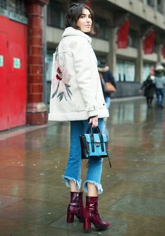 The coolest London street style looks direct from the city's hip streets—including autumn vibes at Frieze Art Fair.