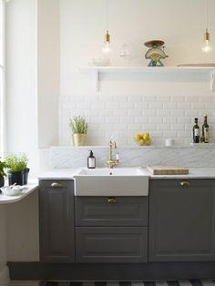 grey kitchen - detalj marmor