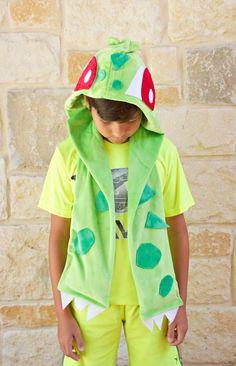 Bulbasaur hooded scarf DIY for Pokemon fans...in Cuddle fabric http://www.shannonfabrics.com/ @morenascorner @fairfieldworld