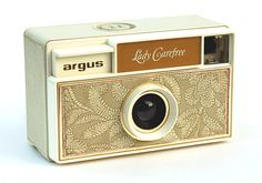 The Lady Carefree is a plastic camera for 126 film cartridges. It wasn't actually made by Argus, but for Argus, by Balda-Werke (Germany) around 1967.