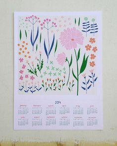 Pink Floral Dishtowel por lisaruppdesign en Etsy