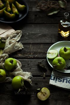 green apples - food photography