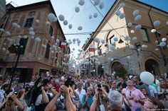 August 31st, 2014 Di Gavi in Gavi is a town festival celebrating the local white white of Gavi town (Alessandria-Piedmont, Northern Italy). It's a beautiful opportunity to mix up with the locals, having fun, good food and good wine.