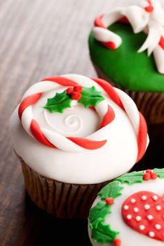 ¿Ya sabés cómo decorar tus cupcakes de Navidad? Los cupcakes conquistaron al mundo de la pastelería y son una de …