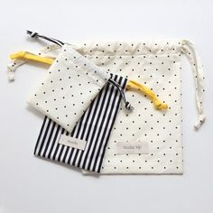 Organize your life with this easy drawstring bag tutorial!