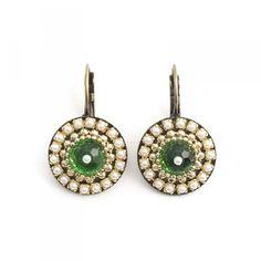 Groene oorbellen parel
