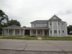 Six unit apartment complex w/ 1 room storm shelter in basement. Updated plumbing, windows, wiring. Newer roof. Laundry room w/commercial washer/dryer. 1 unit features 2BR & 2BA w/large walk-in closets. 5 units are 1BR/1BA w/large walk-in closets. Each unit metered and has own propane tank in Houston MO