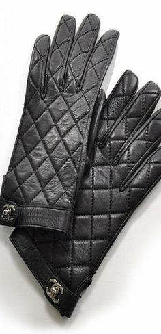 Chanel ~ quilted gloves