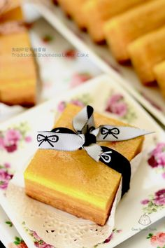 Coco's Sweet Tooth ......The Furry Bakers: 传统印尼千层蛋糕 Traditional Indonesian Layer Cake