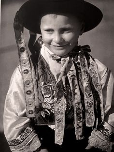 """Slovensko"" : Photography Karel Plicka Westerns, Folk, Hipster, Culture, Photography, Style, Fashion, Hipsters, Moda"