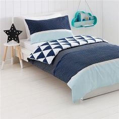 Beautiful Zig Zag Reversible Quilt Cover Set   Double Bed