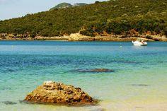 10 best beauty spots around Lisbon - via DK Eyewitness Travel 03.2016 | Venture beyond the Portuguese capital Photo: Beach bay in Portinho da Arrabida, Portugal, Europe