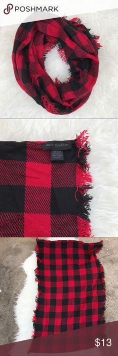 Steve Madden Infinity Scarf Buffalo plaid infinity scarf. Steve Madden Accessories Scarves & Wraps