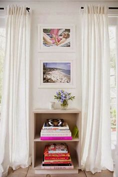 Art photography in the beautiful relaxed home of Anne Ziegler