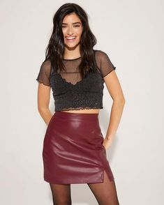 Girls In Mini Skirts, Girl Bottoms, Teen Girl Outfits, Famous Girls, Cute Casual Outfits, Leather Skirt, Women, Tik Tok, Sisters
