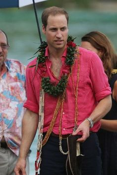 Day 7 Diamond Jubilee Tour: Prince William in the island of Tuvanipupu. - 17 Sept 2012