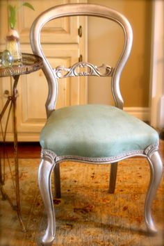 Annie Sloan Chalk Paint™ Duck Egg Blue on Fabric.